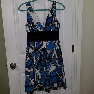 Amazing V Neck midi dress